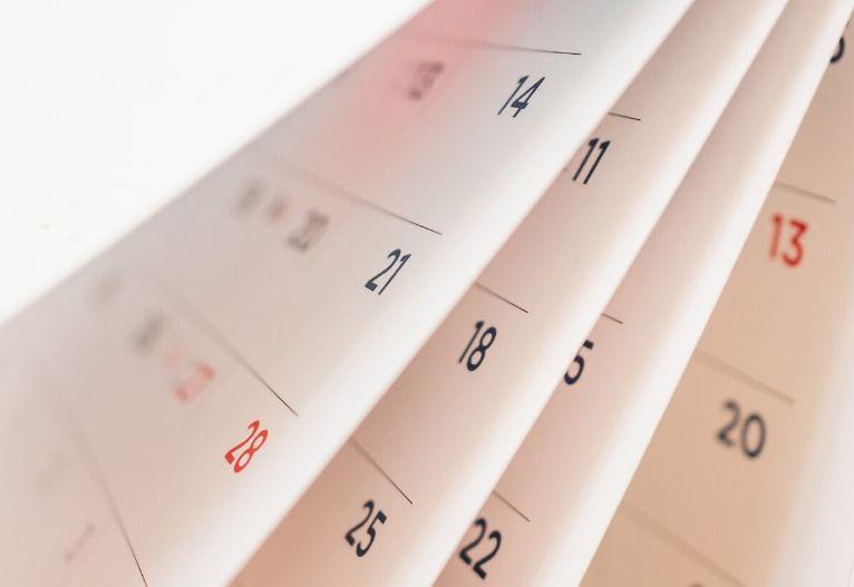 Planiranje na krajši rok koledar načrt prebujanje gospodarstva strategija kratek rok